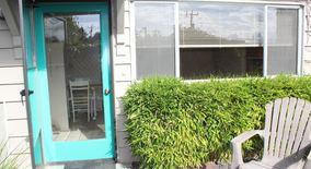 Similar Apartment at 2411 W Crockett Street