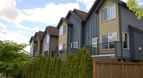 Similar Apartment at 5339 16th Ave S