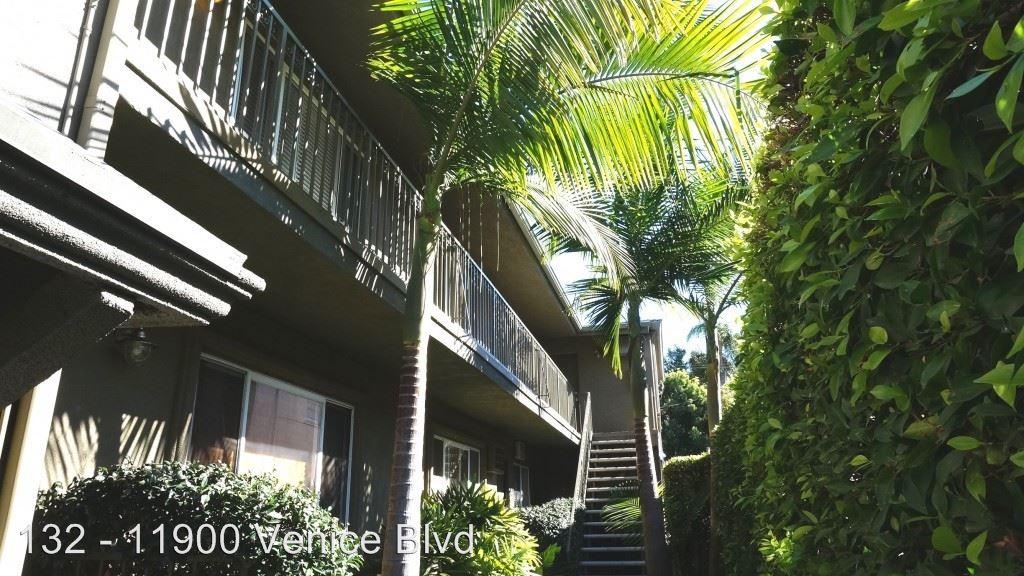 Studio 1 Bathroom Apartment for rent at 11900 Venice Blvd. in Los Angeles, CA