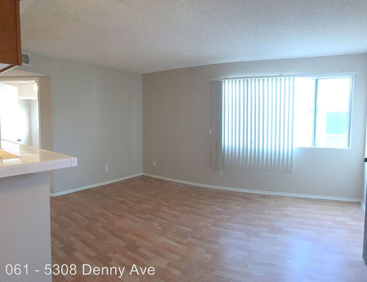 2 Bedrooms 2 Bathrooms Apartment for rent at 5308 Denny Ave. in North Hollywood, CA