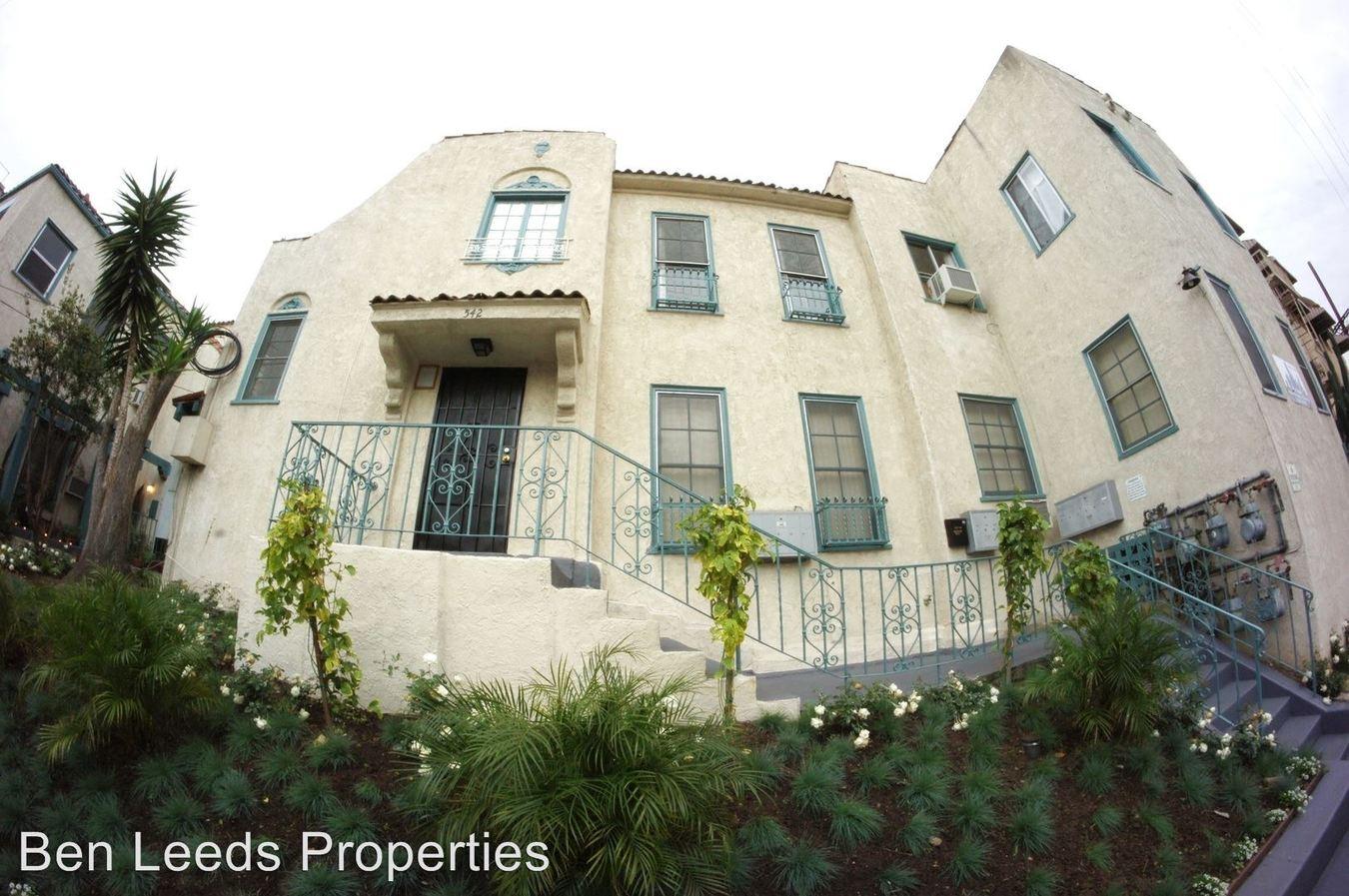 1 Bedroom 1 Bathroom Apartment for rent at 534-542 S. Coronado St. in Los Angeles, CA