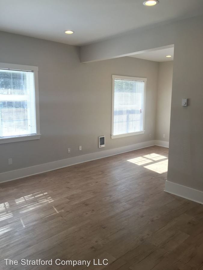 1 Bedroom 1 Bathroom Apartment for rent at 304 E Olive Place in Capitol Hill Seattle, WA
