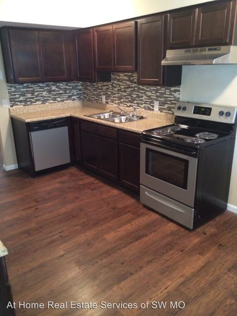 1400 S Campbell Springfield Mo Apartment For Rent