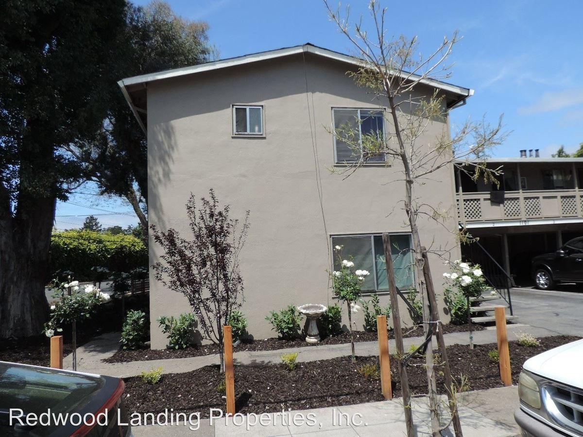 2 Bedrooms 1 Bathroom Apartment for rent at 1101 Almanor Avenue in Menlo Park, CA