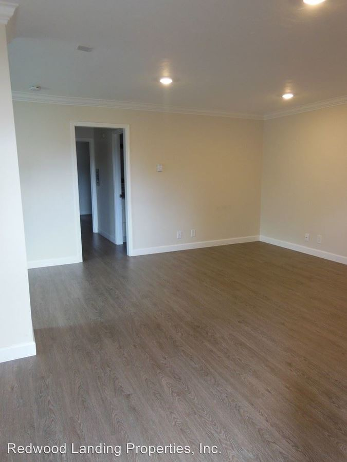 2 Bedrooms 1 Bathroom Apartment for rent at 560 Charter Street in Redwood City, CA