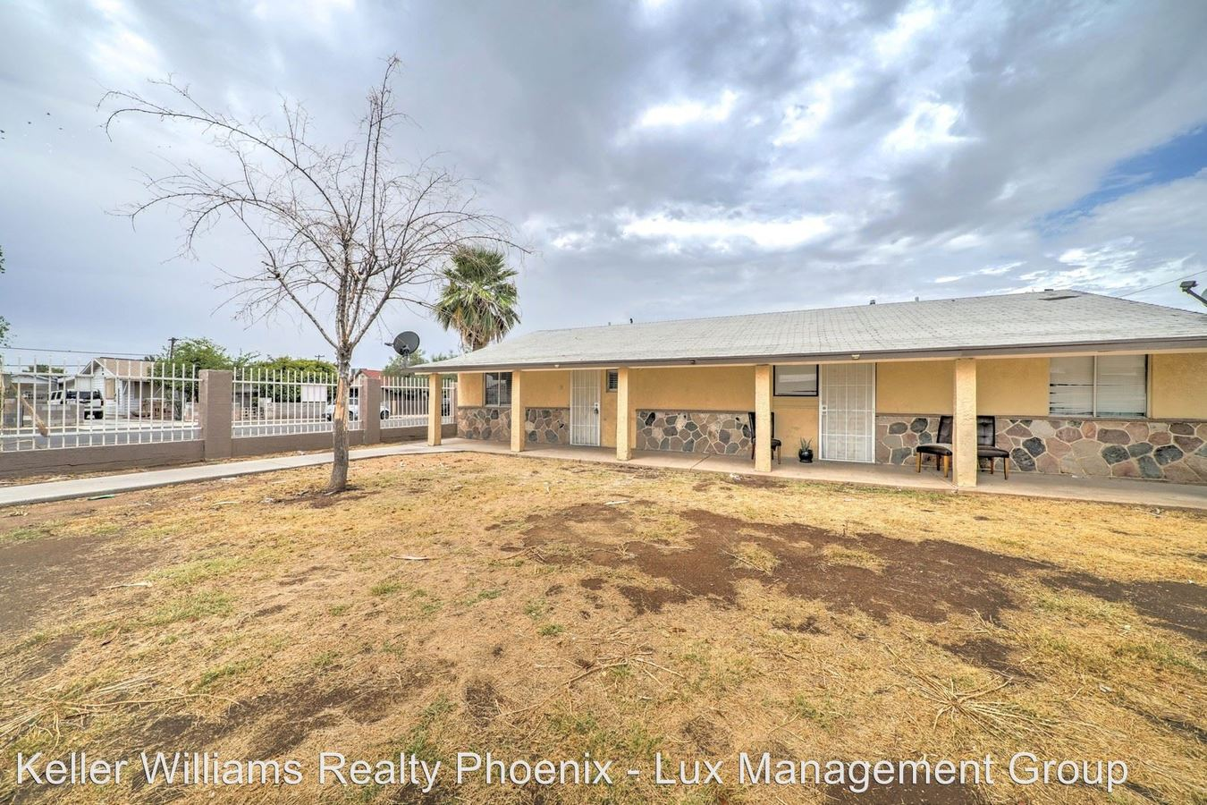 2 Bedrooms 1 Bathroom Apartment for rent at 306/308/312 East Kinderman Drive in Avondale, AZ