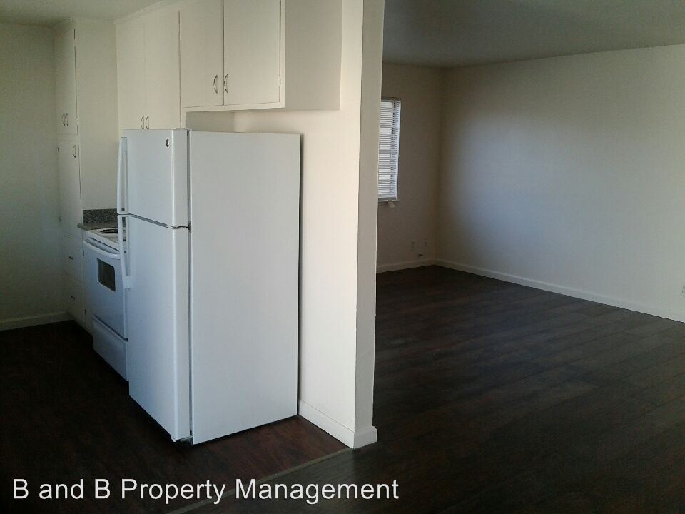 2 Bedrooms 1 Bathroom Apartment for rent at 150 Harrison Ave #1-23 in Redwood City, CA