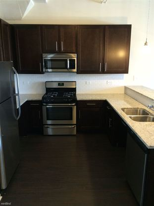 2 Bedrooms 1 Bathroom Apartment for rent at 5822 S Western Ave in Chicago, IL