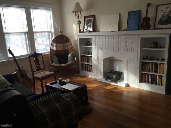 1 Bedroom 1 Bathroom Apartment for rent at 1400 N Honore St in Chicago, IL