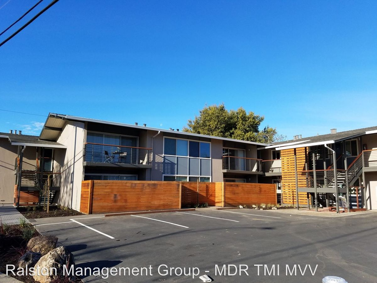 1 Bedroom 1 Bathroom Apartment for rent at 914 Mountain View Avenue in Mountain View, CA