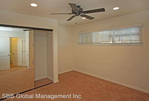 2 Bedrooms 1 Bathroom Apartment for rent at 1216 West Balboa Blvd in Newport Beach, CA
