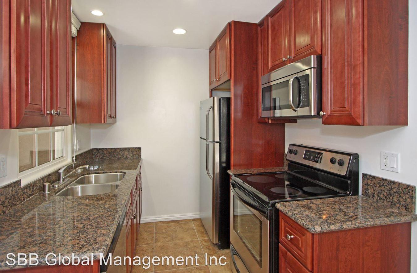 2 Bedrooms 2 Bathrooms Apartment for rent at 1216 West Balboa Blvd in Newport Beach, CA