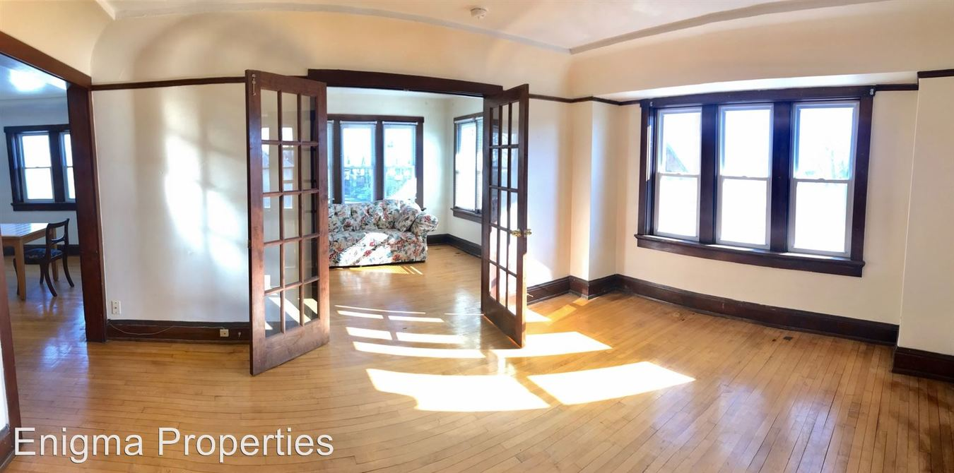 2 Bedrooms 1 Bathroom Apartment for rent at 2767 N Holton in Milwaukee, WI