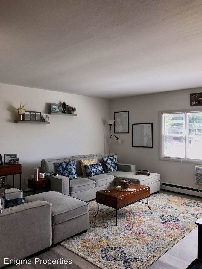 1 Bedroom 1 Bathroom Apartment for rent at 2867 S. Kinnickinnic Ave. in Milwaukee, WI