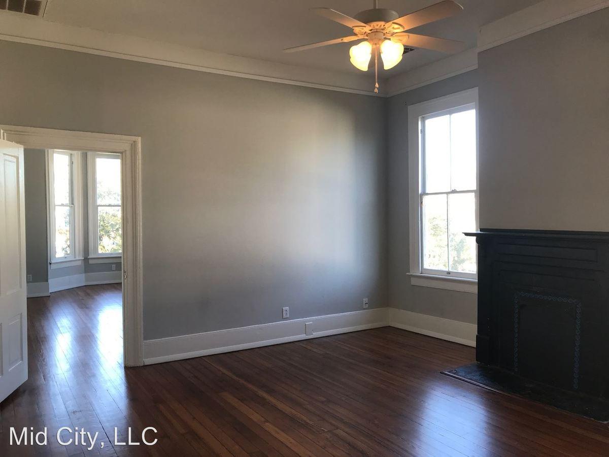 Studio 1 Bathroom Apartment for rent at 109 E. Duffy St. in Savannah, GA