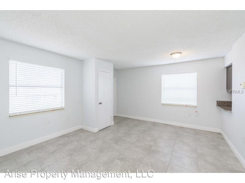 3 Bedrooms 1 Bathroom Apartment for rent at 1175 Bentley Road in Leesburg, FL