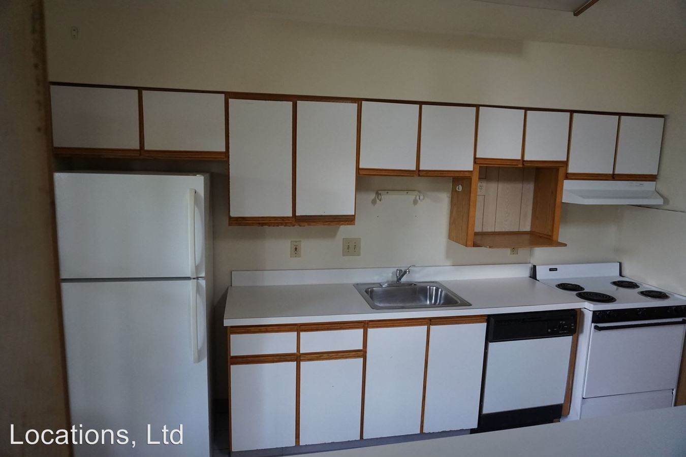 4 Bedrooms 2 Bathrooms Apartment for rent at 39-51 Chittenden Avenue in Columbus, OH
