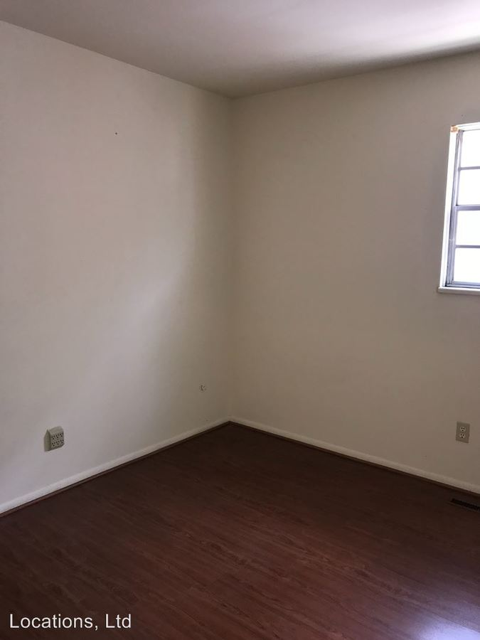 2 Bedrooms 1 Bathroom Apartment for rent at 152 Chittenden Avenue in Columbus, OH