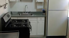 Similar Apartment at 107 S 17th St