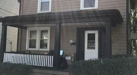 Similar Apartment at 1423 Hubbard St