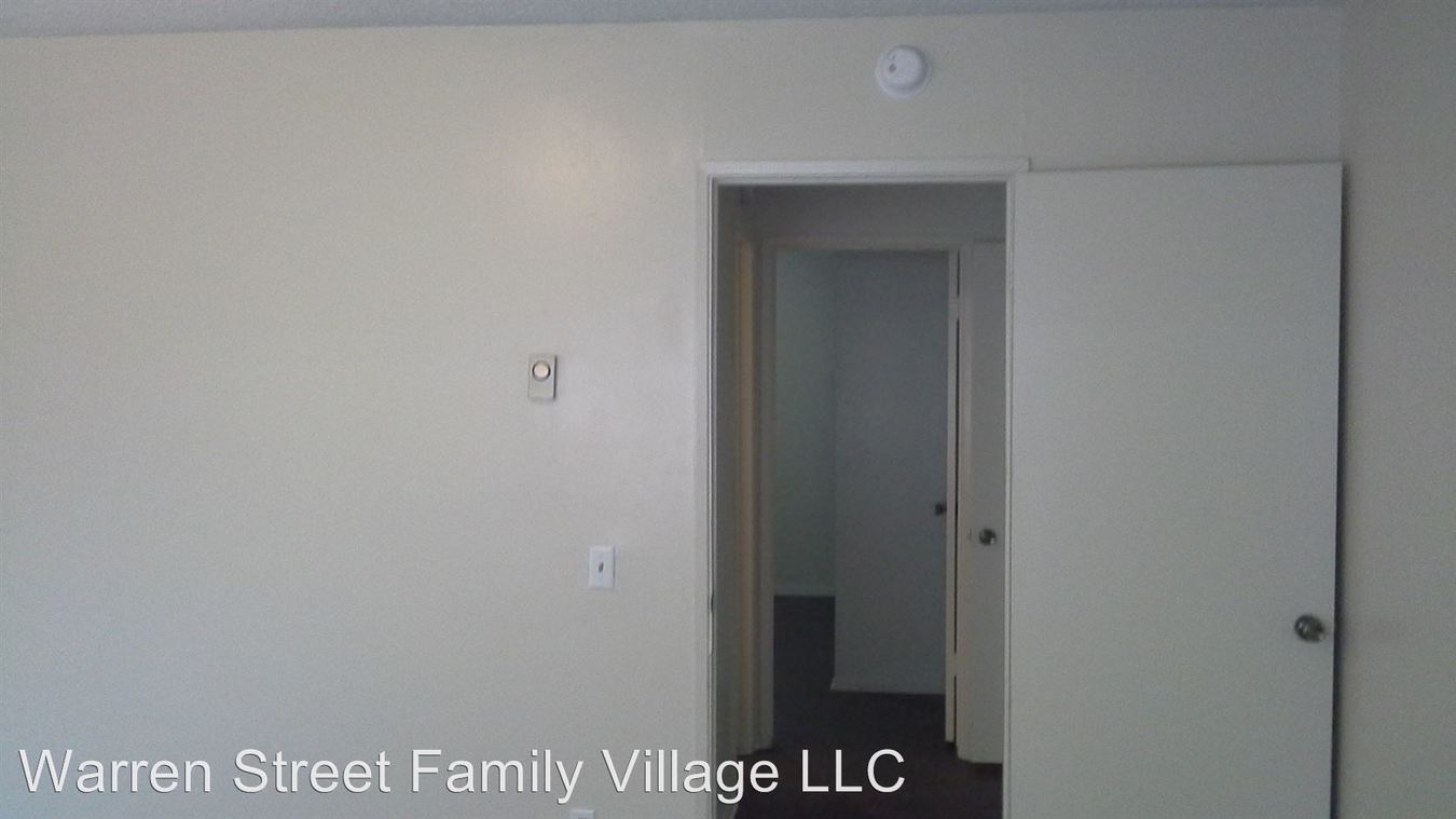 2 Bedrooms 1 Bathroom Apartment for rent at 505 W. Grand Boulevard in Corona, CA