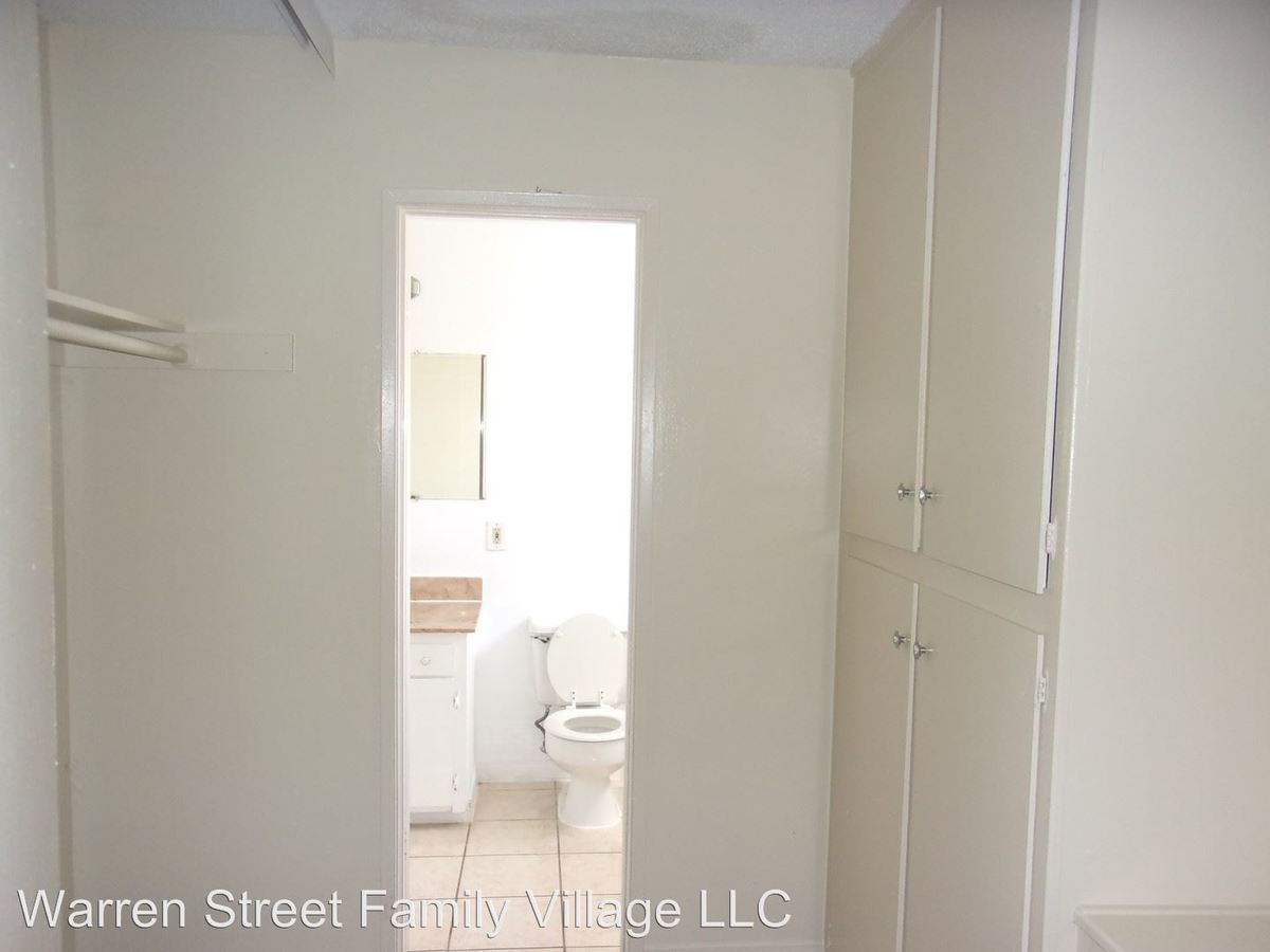 Studio 1 Bathroom Apartment for rent at 505 W. Grand Boulevard in Corona, CA