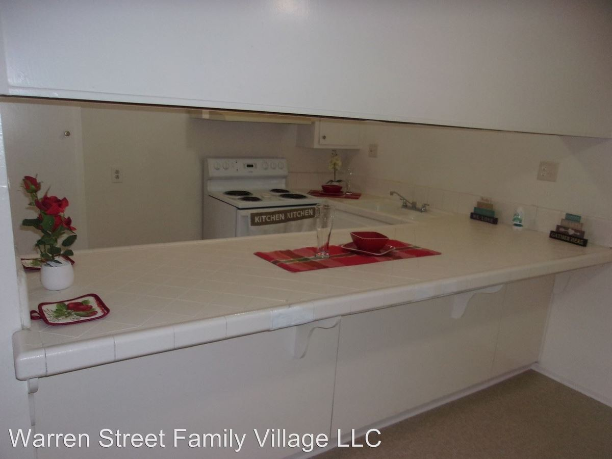 1 Bedroom 1 Bathroom Apartment for rent at 505 W. Grand Boulevard in Corona, CA