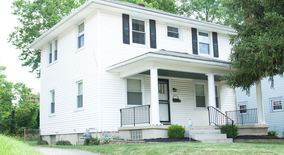 Similar Apartment at 605 Kenwood Ave