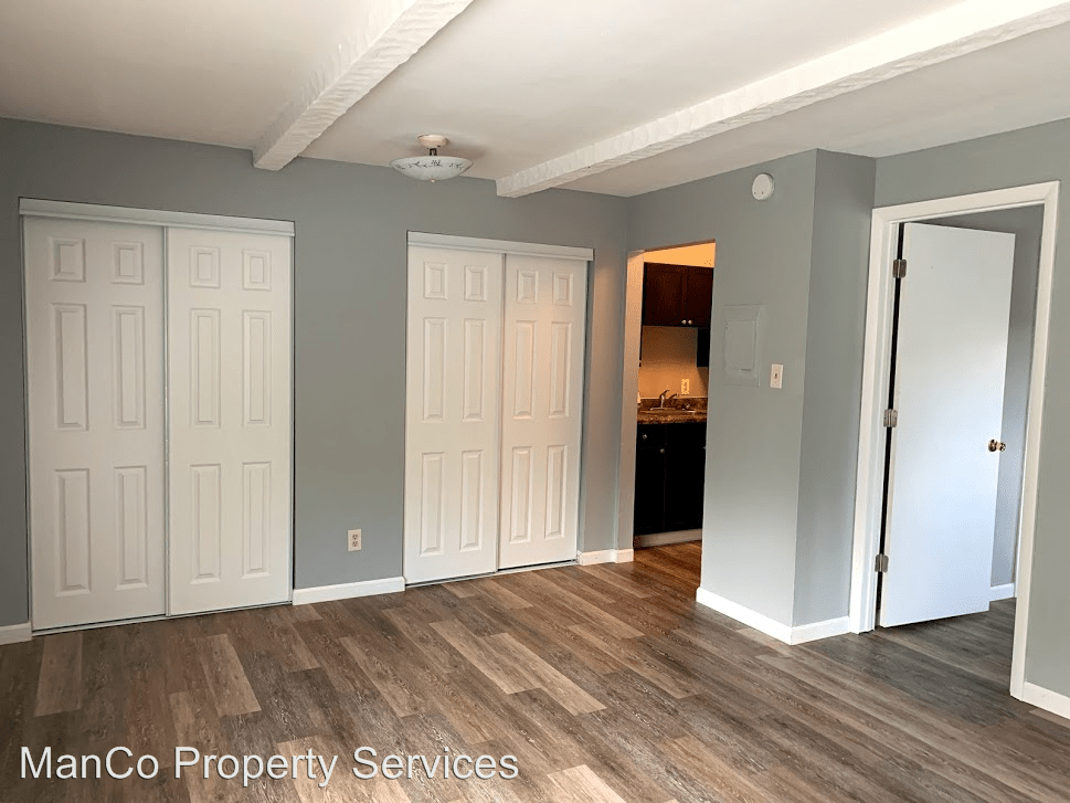 1 Bedroom 1 Bathroom Apartment for rent at 3300 Wilmington Pike in Kettering, OH