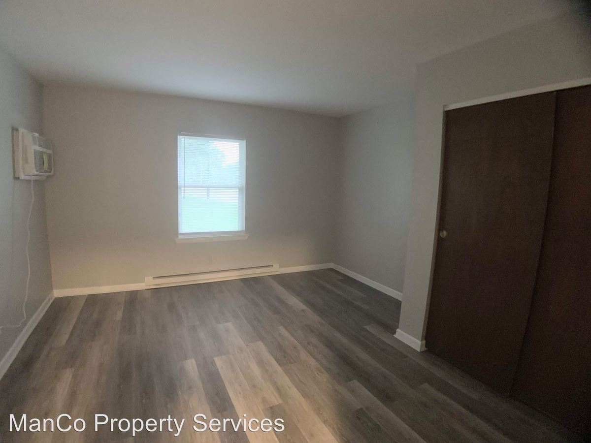 2 Bedrooms 1 Bathroom Apartment for rent at 3300 Wilmington Pike in Kettering, OH