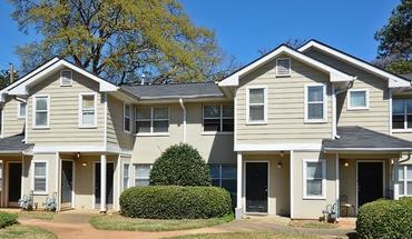 Arbors At Berkeley Apartment for rent in Atlanta, GA