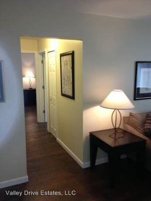 1 Bedroom 1 Bathroom Apartment for rent at 1 Valley Drive in Mtclemens, MI