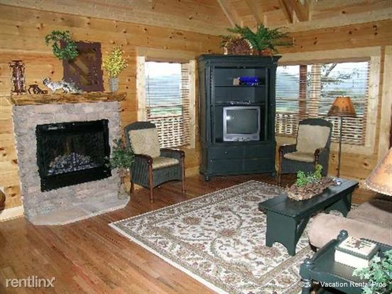 5 Bedrooms 4+ Bathrooms House for rent at 1608 S. Mountain Lodge Way in Sevierville, TN