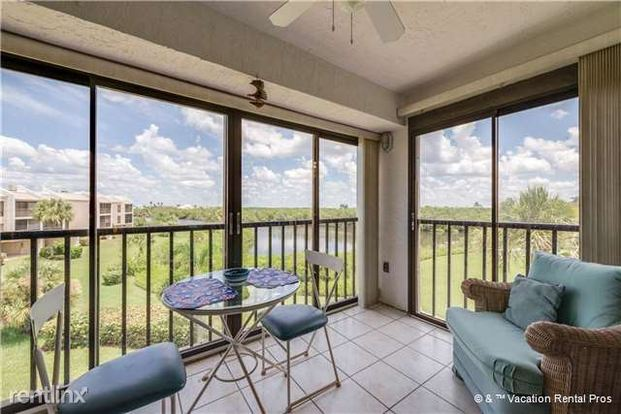 2 Bedrooms 2 Bathrooms House for rent at 21420 Bay Village Dr in Fort Myers Beach, FL