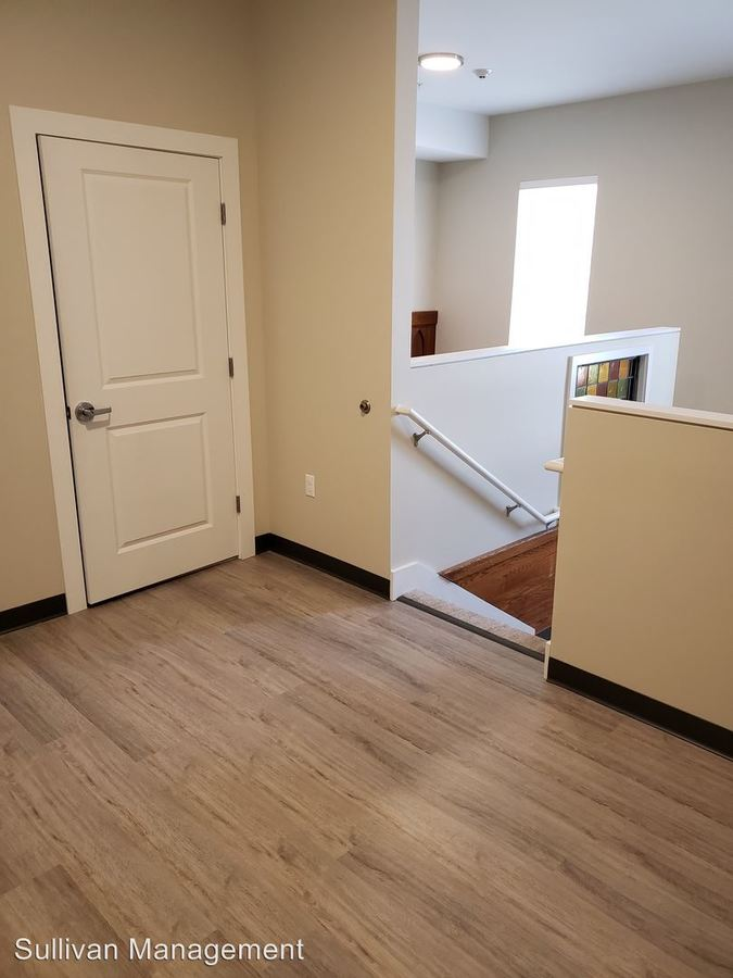 Studio 1 Bathroom Apartment for rent at 20 Cutts Avenue in Saco, ME