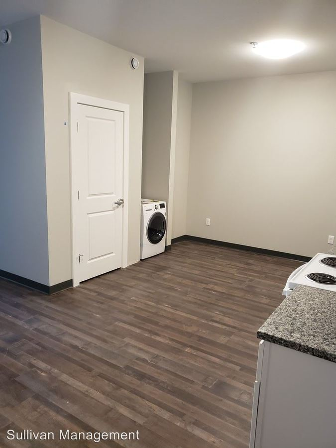 1 Bedroom 1 Bathroom Apartment for rent at 16 Cutts Avenue in Saco, ME