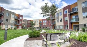 Similar Apartment at University Row