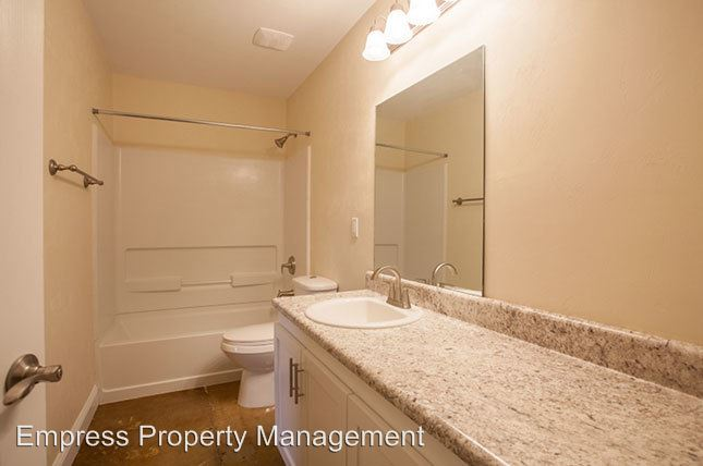 2 Bedrooms 2 Bathrooms Apartment for rent at 310 Blount Street in Tallahassee, FL