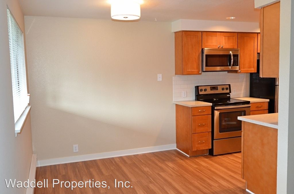 2 Bedrooms 2 Bathrooms Apartment for rent at 12828 Newcastle Way in Newcastle, WA
