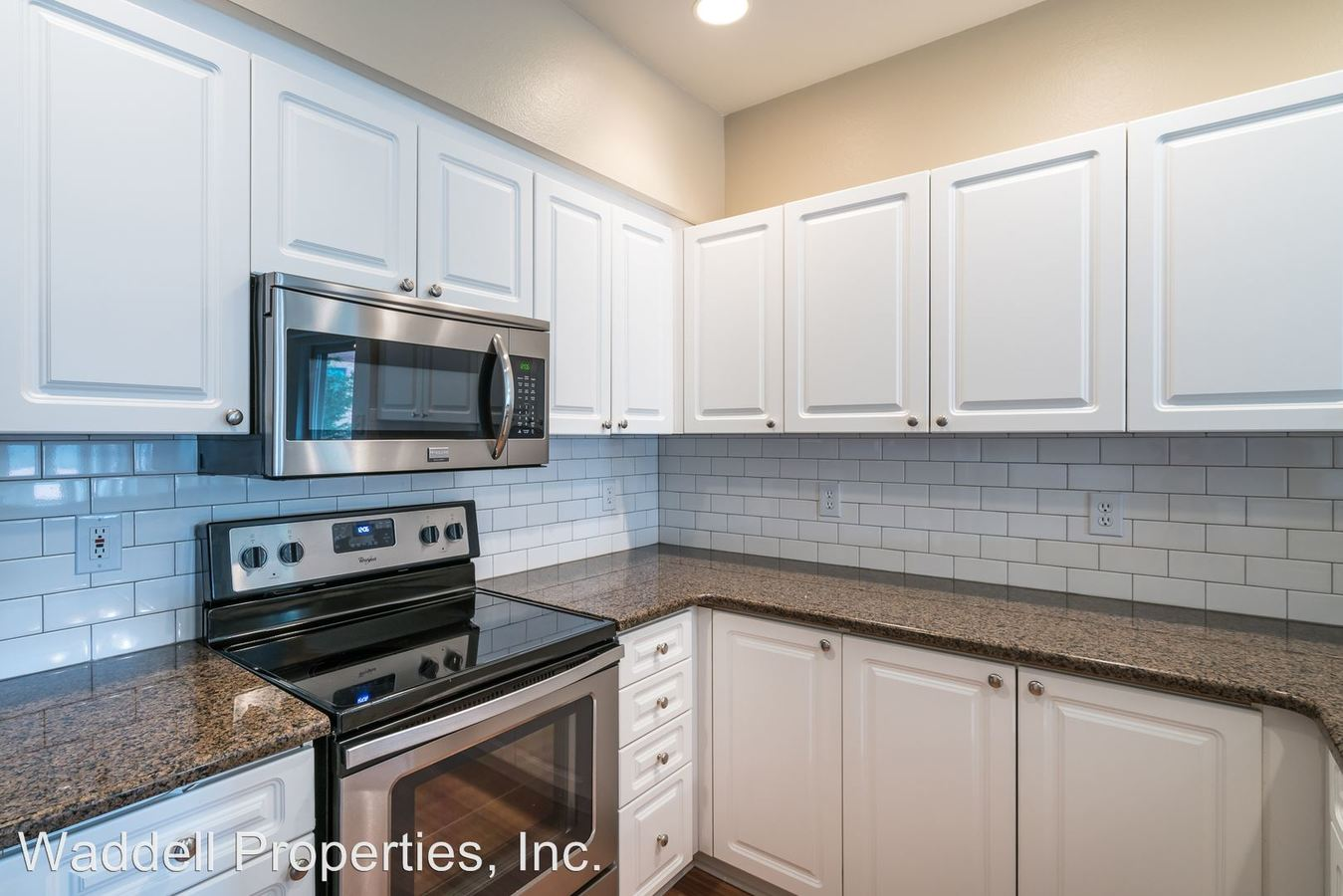 2 Bedrooms 2 Bathrooms Apartment for rent at 530 2nd Ave in Kirkland, WA