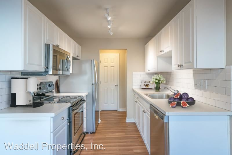 1 Bedroom 1 Bathroom Apartment for rent at 10212, 10304, 10120, 10206, 10116 Ne 68th St in Kirkland, WA