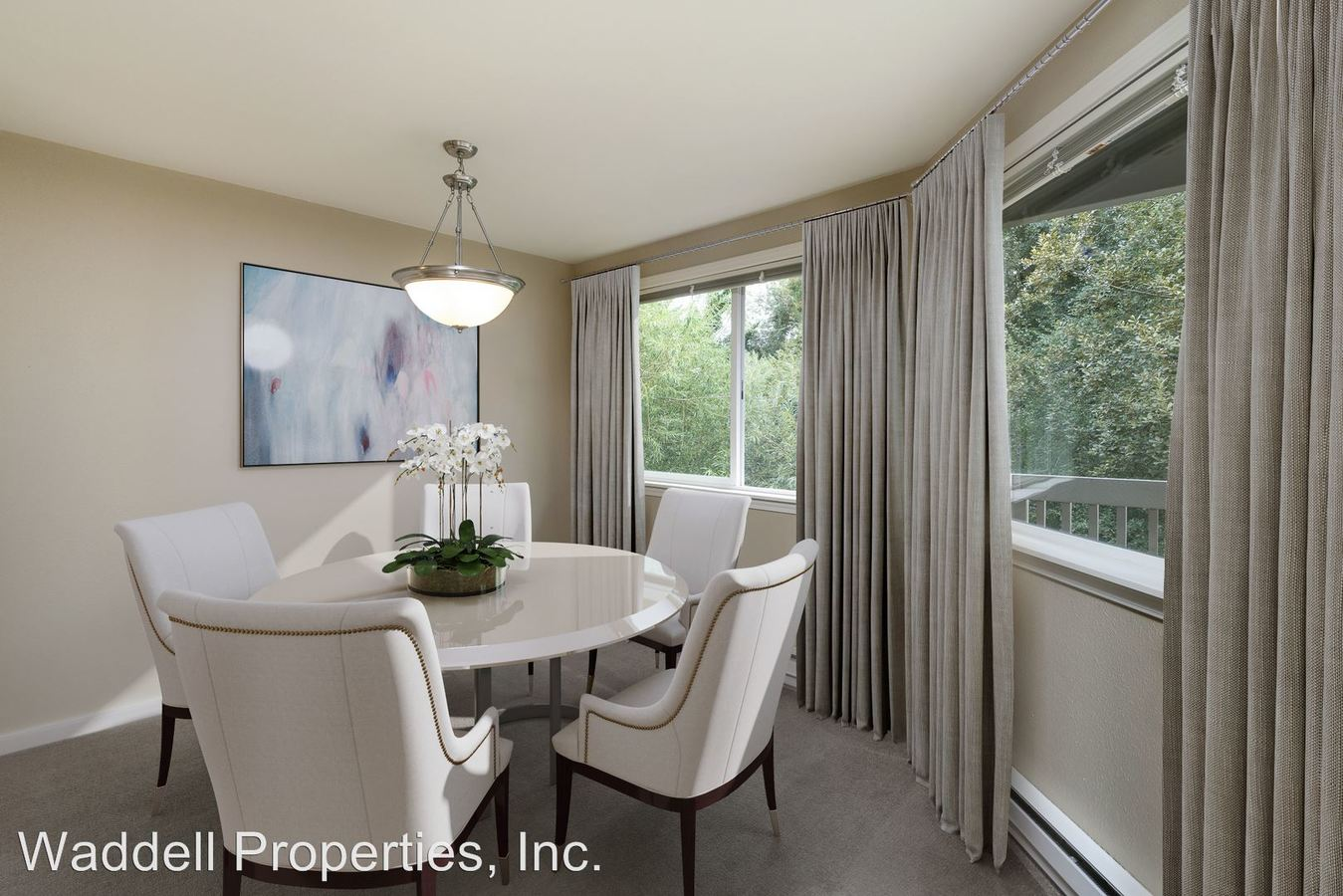 2 Bedrooms 1 Bathroom Apartment for rent at 330 102nd Ave Se in Bellevue, WA