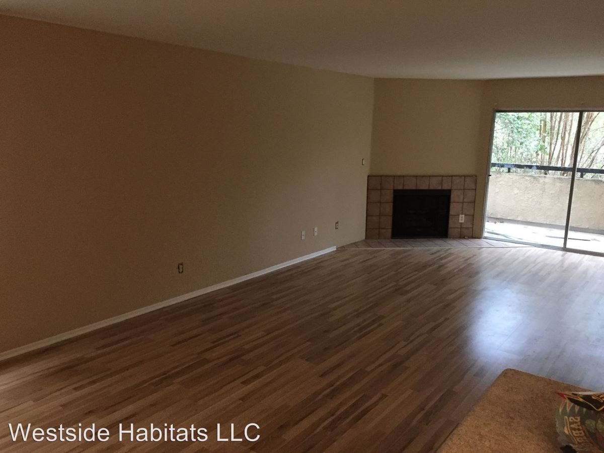 2 Bedrooms 2 Bathrooms Apartment for rent at 4432 Coldwater Canyon Ave in Studio City, CA