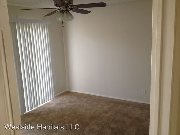 3 Bedrooms 3 Bathrooms Apartment for rent at 4950 Coldwater Canyon in Sherman Oaks, CA