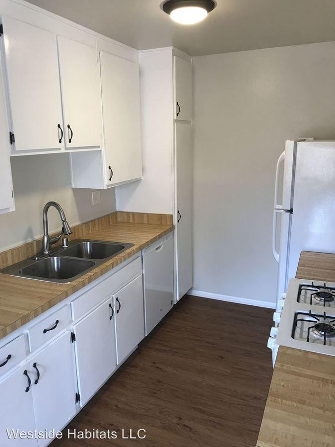 2 Bedrooms 2 Bathrooms Apartment for rent at 2750 Piedmont Avenue in Montrose, CA