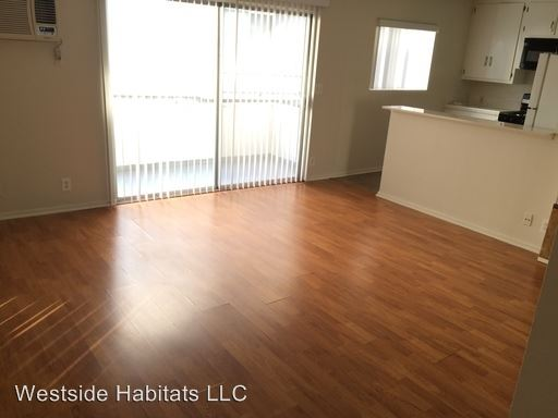 1 Bedroom 1 Bathroom Apartment for rent at 15286 Sutton St in Sherman Oaks, CA
