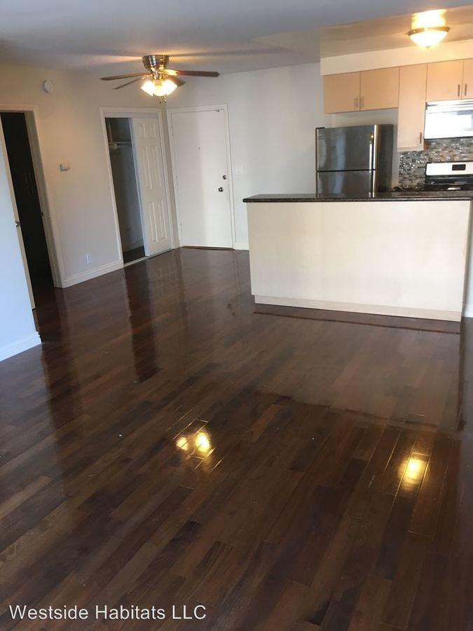 1 Bedroom 1 Bathroom Apartment for rent at 204 Washington Ave in Santa Monica, CA