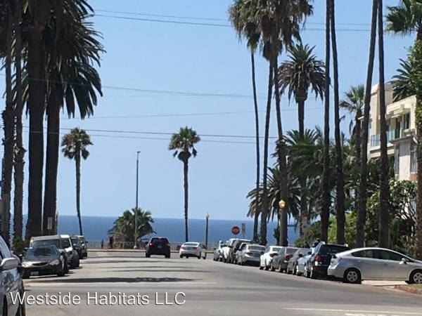 2 Bedrooms 2 Bathrooms Apartment for rent at 204 Washington Ave in Santa Monica, CA
