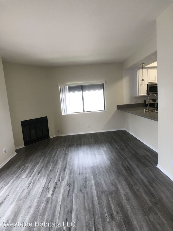 2 Bedrooms 2 Bathrooms Apartment for rent at 711 N. Sweetzer Ave in Los Angeles, CA