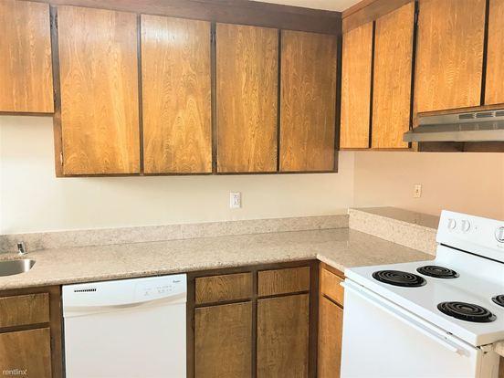 2 Bedrooms 1 Bathroom Apartment for rent at 825 Kiely Blvd in Santa Clara, CA